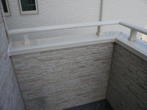 ベランダの壁