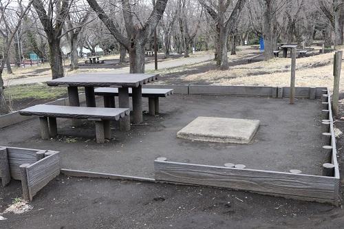 BBQ広場のテーブル